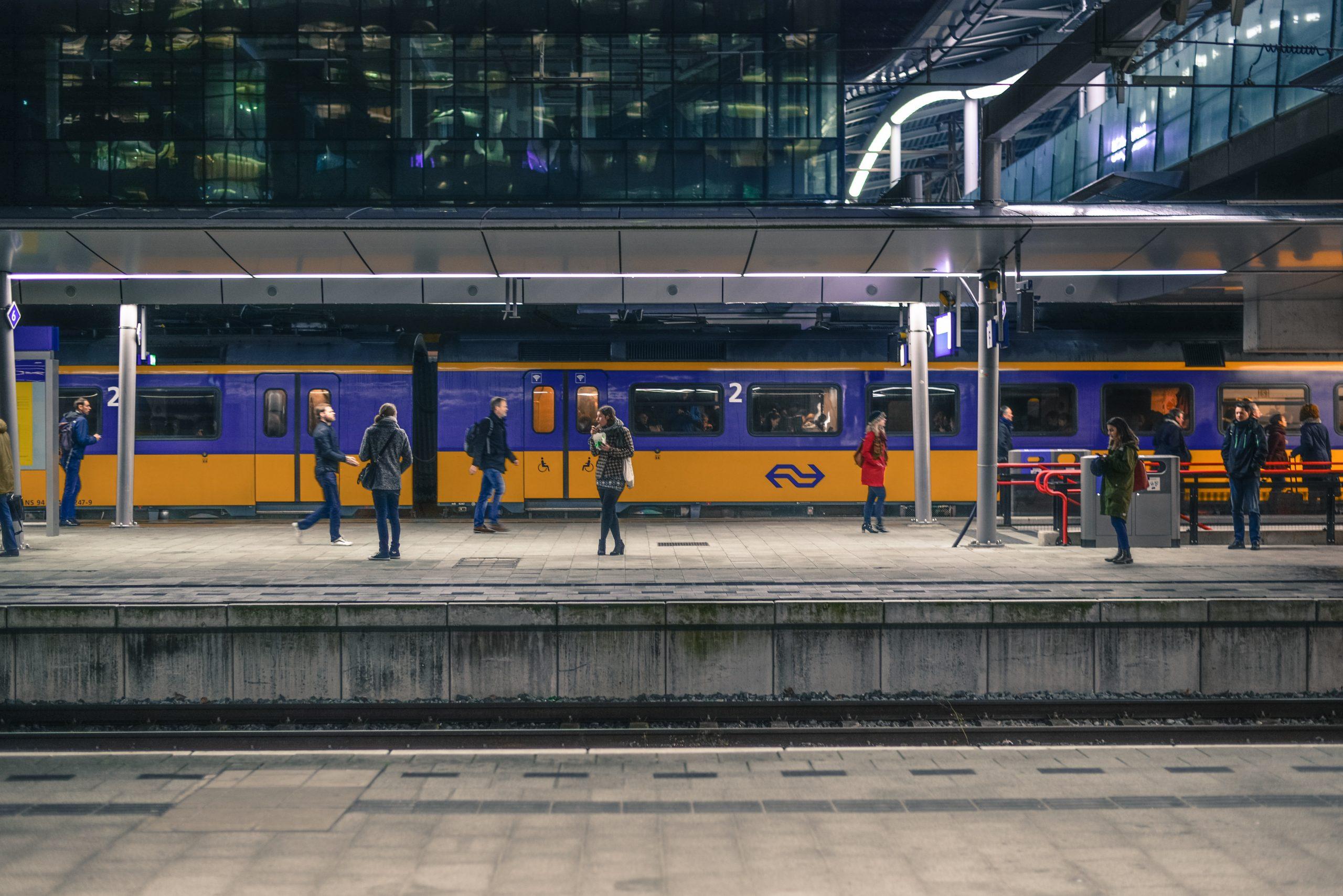 Met de trein met kinderen