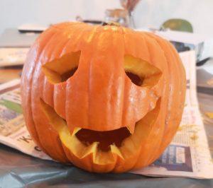 halloween pompoen uitsnijden