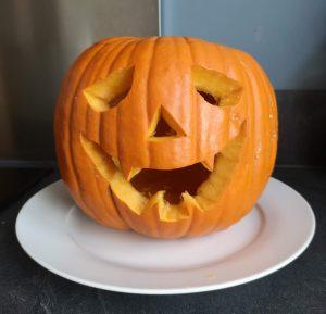 diy halloween pompoen