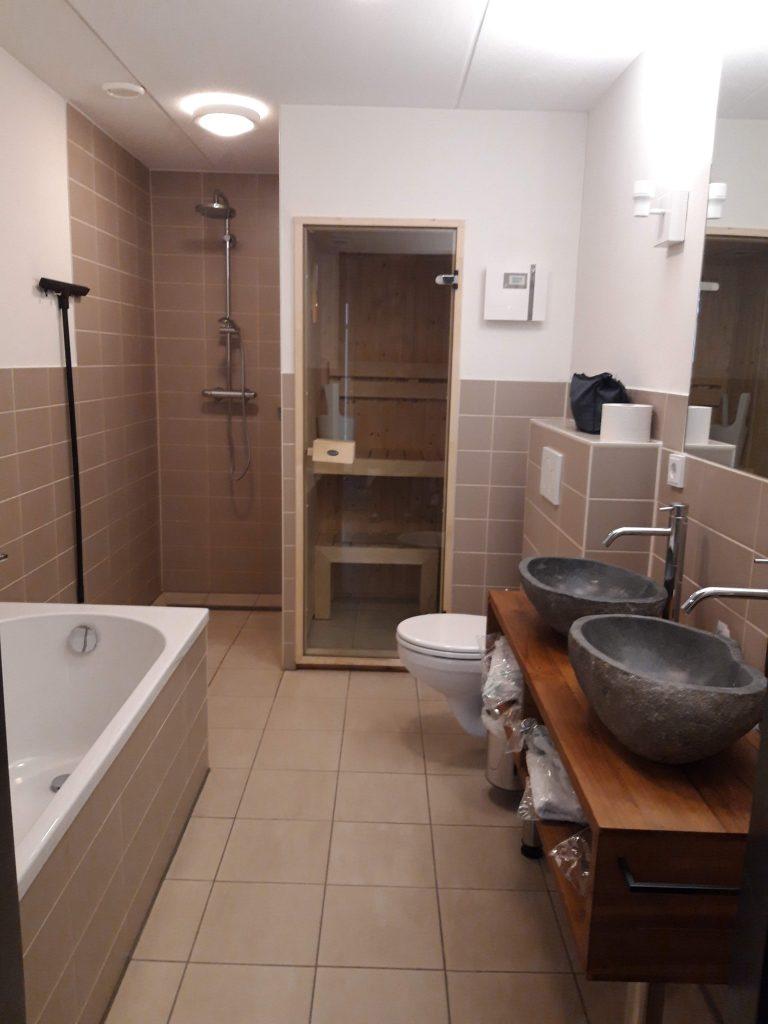 badkamer met sauna safari resort beekse bergen