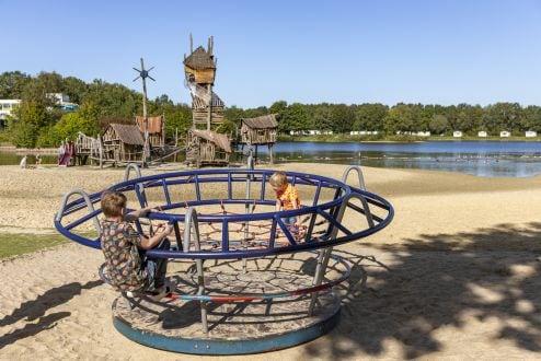 Lees meer over het artikel Roompot Vakantiepark Hunzedal