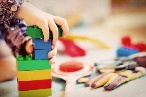 Lees meer over het artikel Speelgoed en de ontwikkeling van je kind